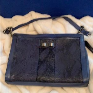 Roomy cute clutch w/extra zippered pocket in front